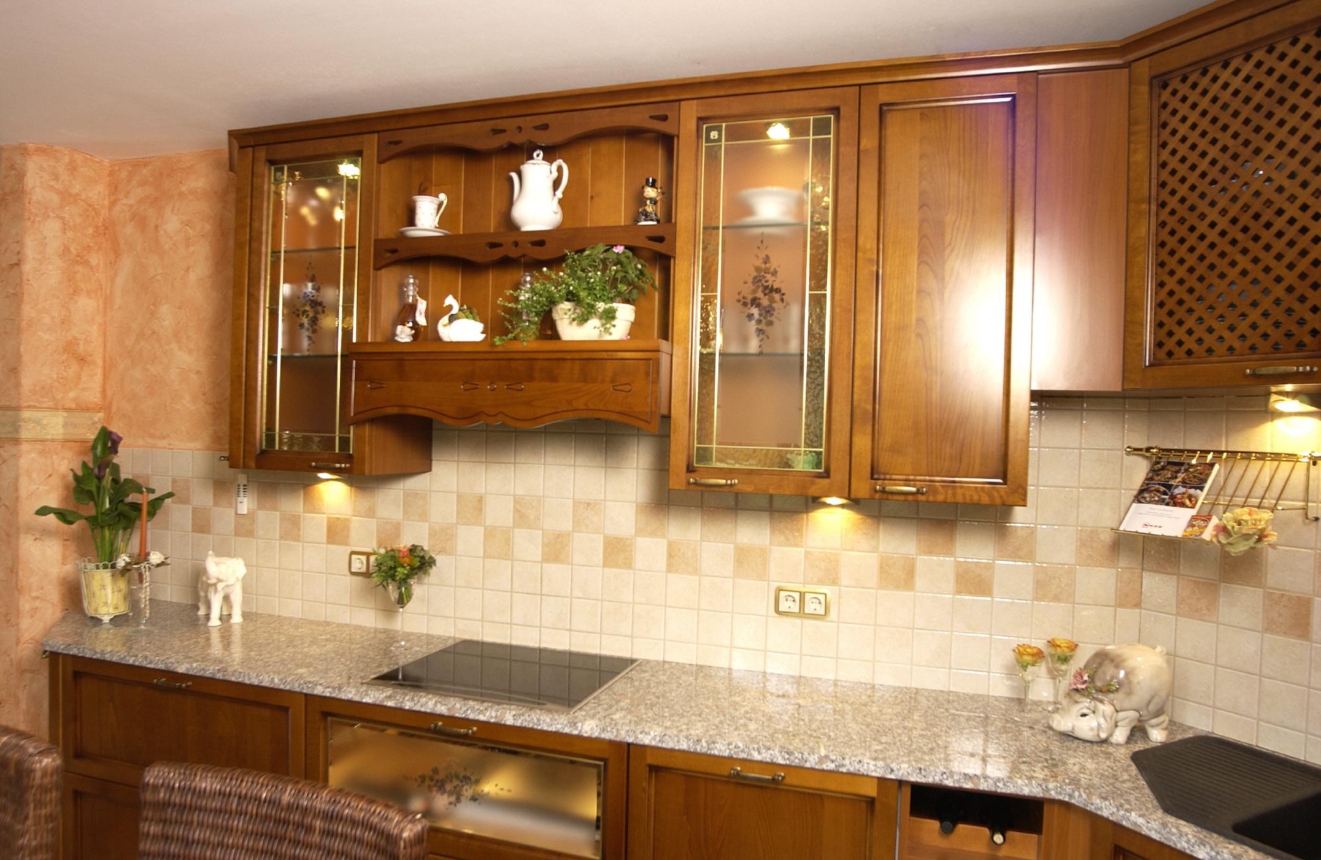 Klassische Küche klassische küchen päsentiert vom küchenprofi küchenherbert aus storkow